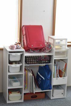 子供部屋に設置したカラボ収納