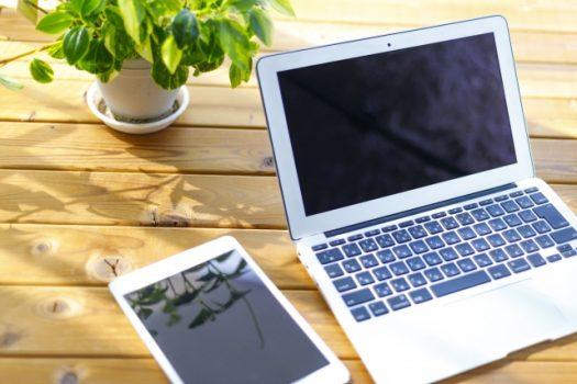 パソコンとスマートフォン
