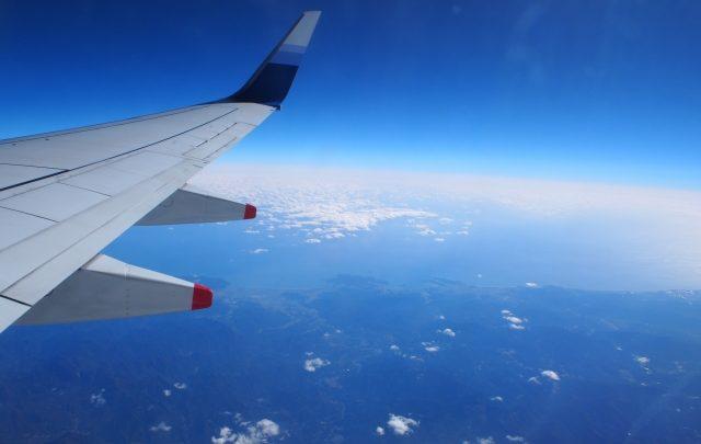 飛行機と旅行