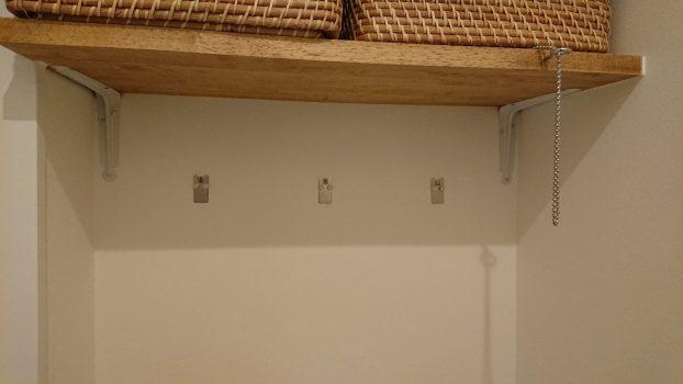 壁面のフック