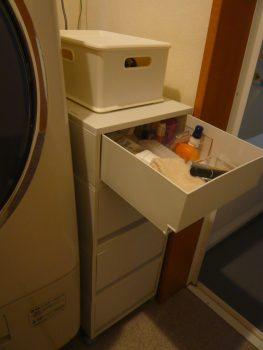 洗濯機横の引き出し