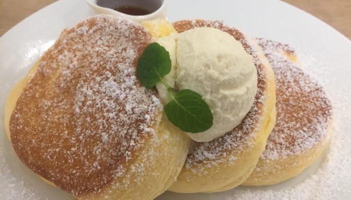 幸せのパンケーキのパンケーキアップ