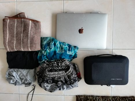 服が少ない荷物